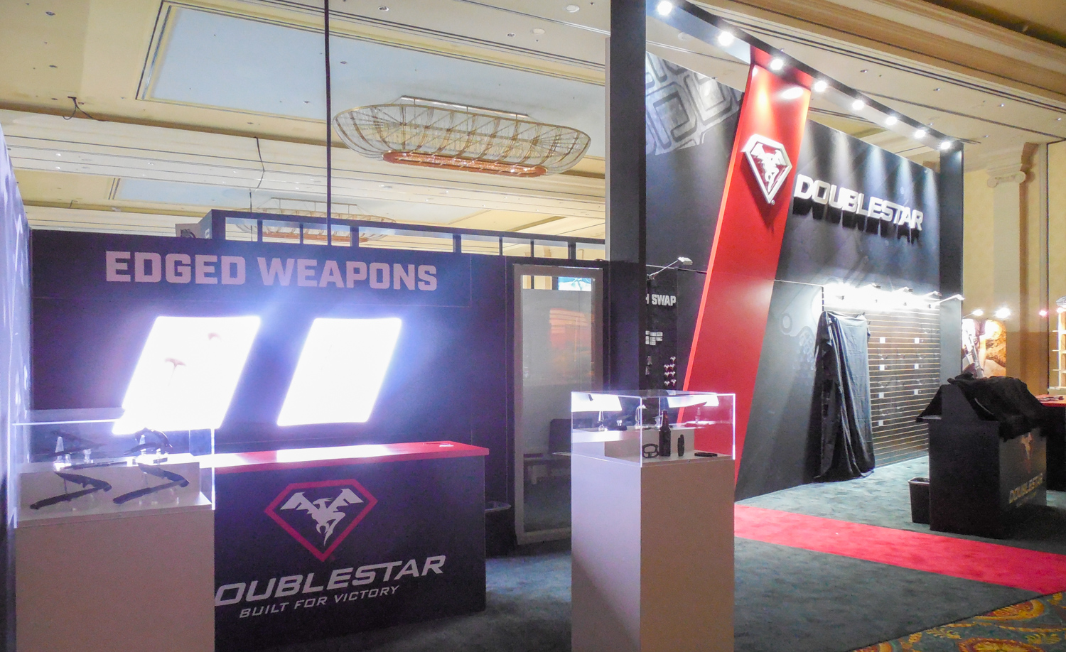 DoubleStar Showroom